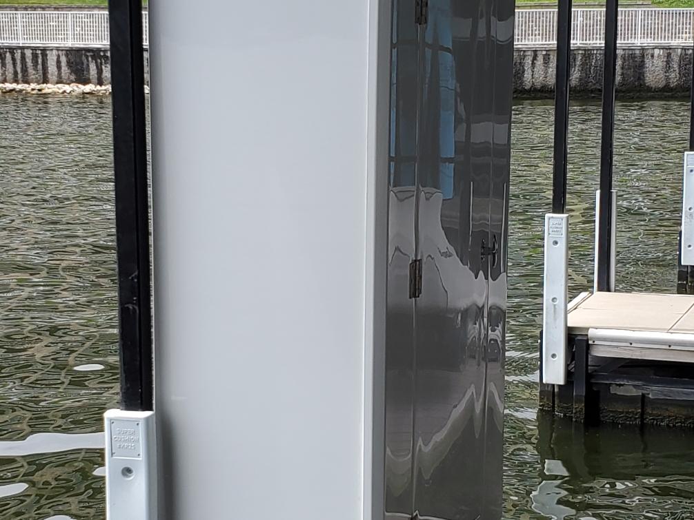 4 x 2 Dock Locker