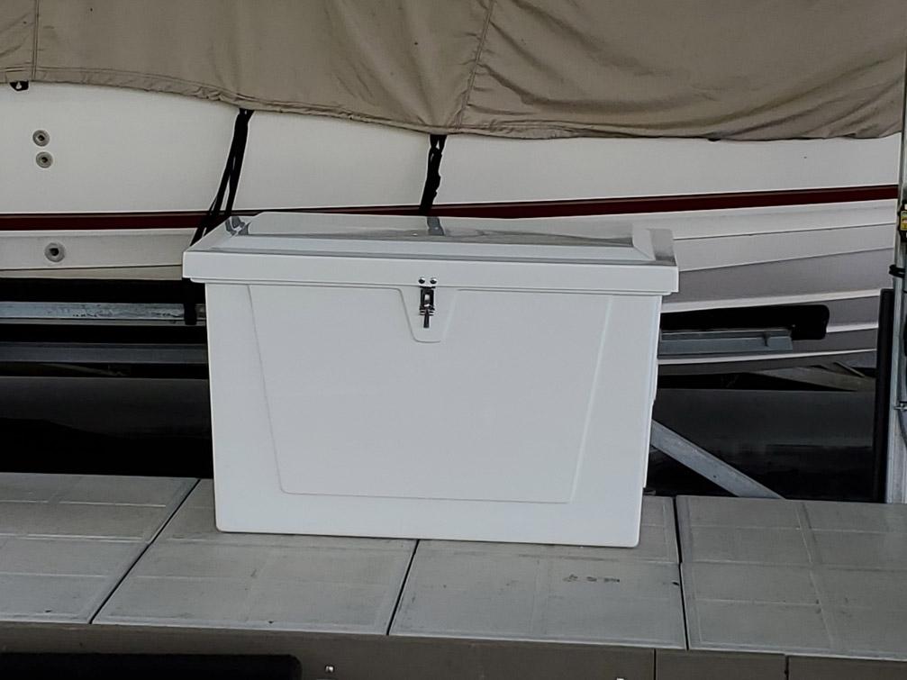 4 ft. fiberglass dock box